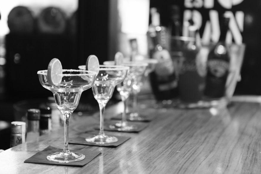Welches Glas passt zu welchem Cocktail?